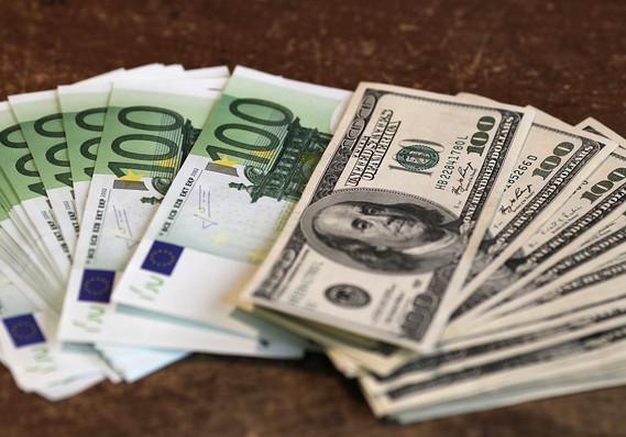 Euros/dollars