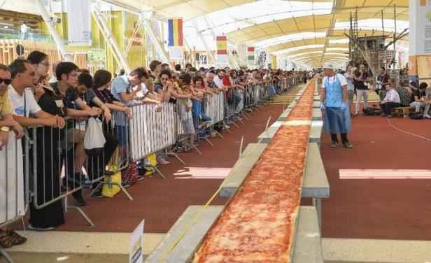 la pizza la plus longue du monde