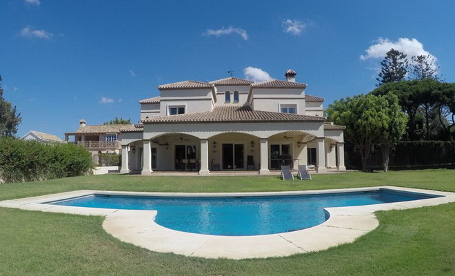 Casa Artola Villa près de Puerto Cabopino –Marbella Est