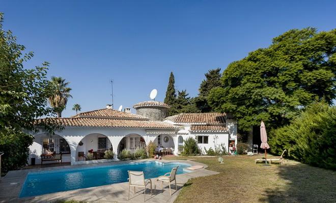 San Pedro villa